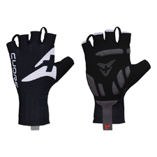 Light summer gloves for perfect ...
